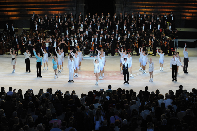 arena opera-on-ice-2011g